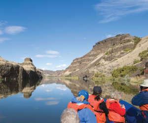 Zodiac Canyon Snake River USA - UnCruise Adventures