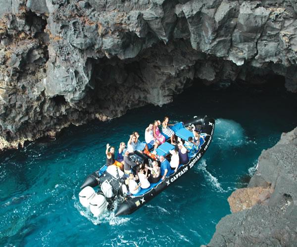 UnCruise Hawaii skiff excursion